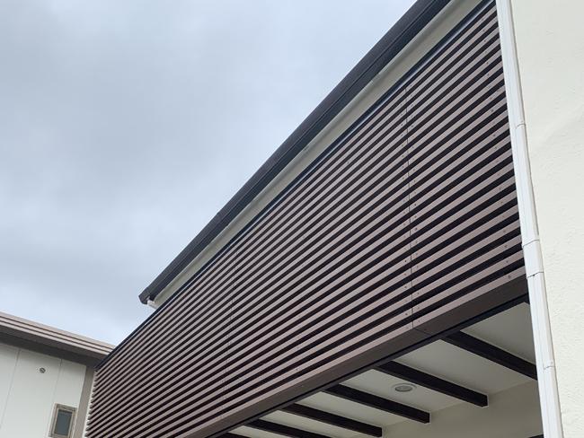ルーバー・目隠しフェンスの施工写真   (埼玉県 松崎商事株式会社様)