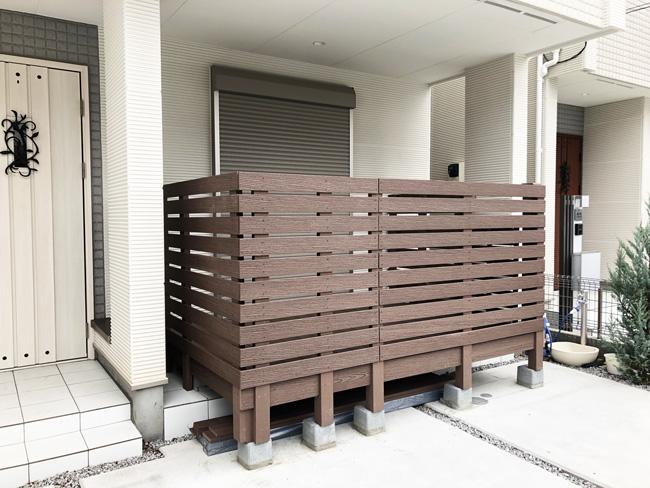個人様宅のフェンス付きウッドデッキの施工例(東京都 関東リフォーム様 ご施工)