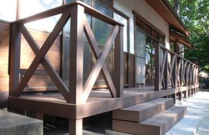 人工木 柱