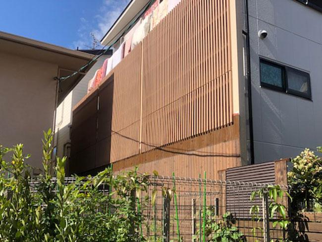 個人様宅の目隠しルーバーの施工例(大阪府 株式会社 ユーシン様ご施工)