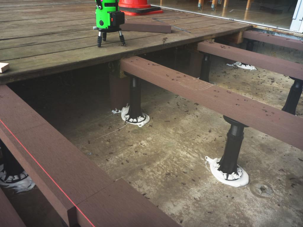人工木材 保育園 ウッドデッキ