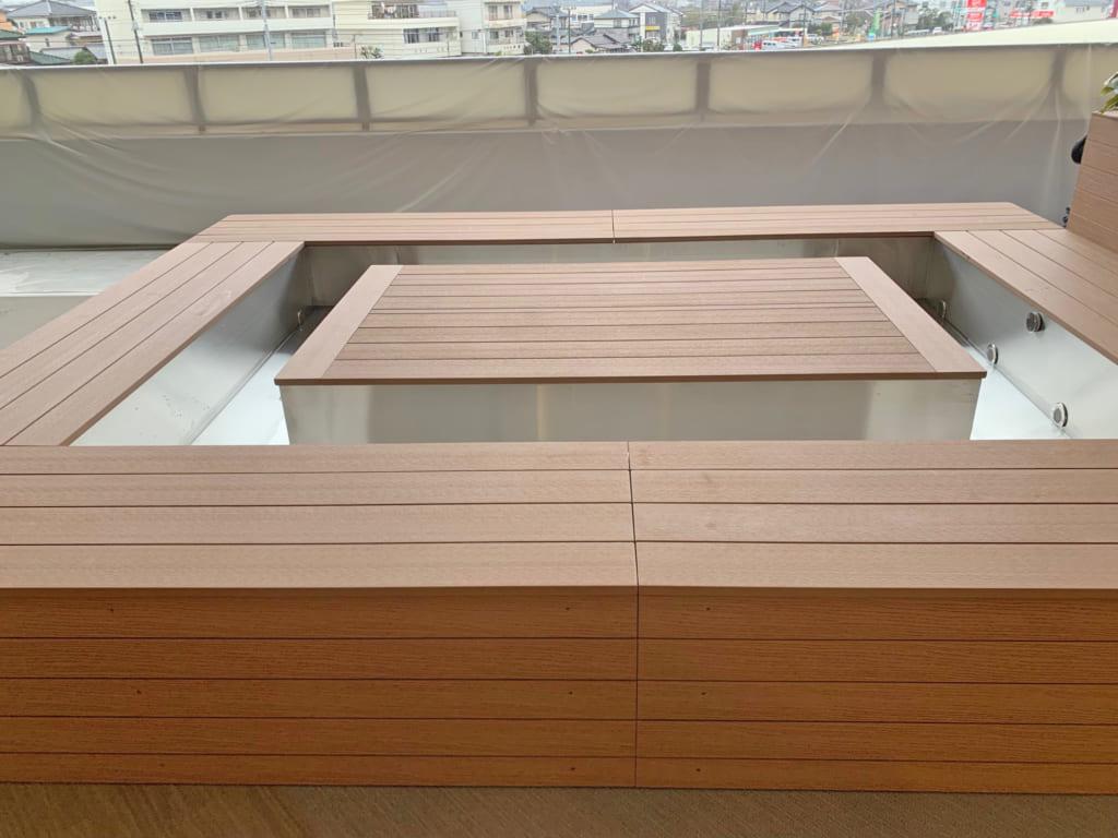 足湯の外装材施工例(千葉県 有限会社 ハーブプラネット様ご施工)