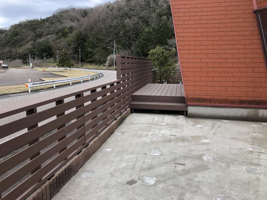 人工木 フェンス