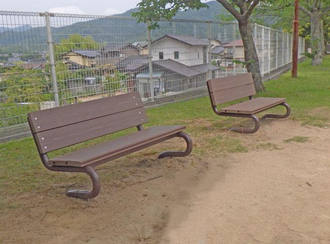 公園内のベンチ(山口県 石川鉄工有限会社様)
